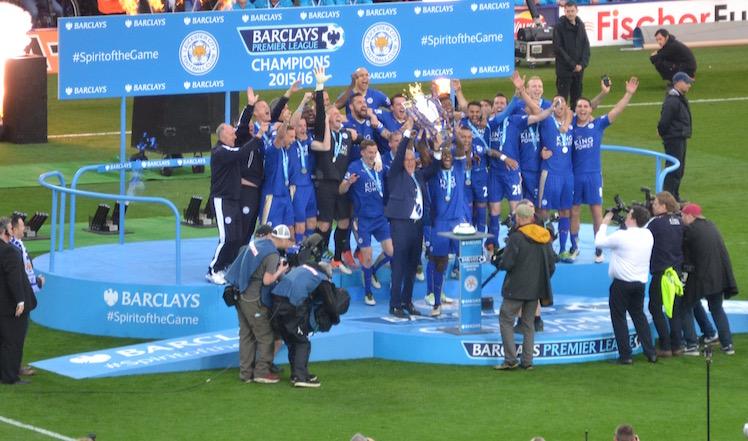 Leicester Cityn viime vuoden juhlat ovat vaihtuneet Valioliigassa synkkyyteen. Kykeneekö se yllättämään Sevillan? Kuva: Peter Woodentop